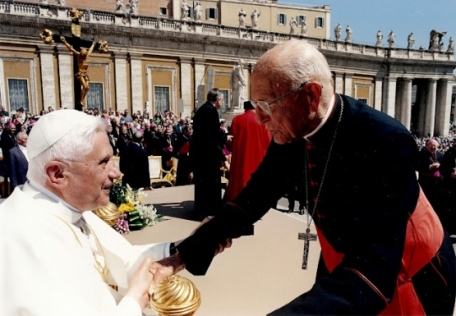 Papa Bento XVI e o cardeal Dom eugênio Sales